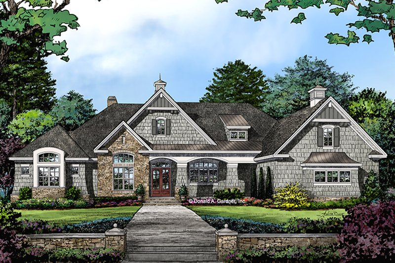 European Exterior - Front Elevation Plan #929-1009
