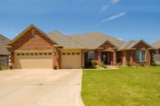 European Style House Plan - 3 Beds 3 Baths 2528 Sq/Ft Plan #65-385 Exterior - Front Elevation