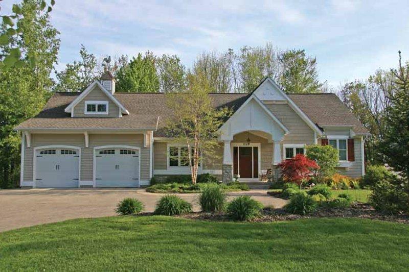 Craftsman Exterior - Front Elevation Plan #928-200 - Houseplans.com