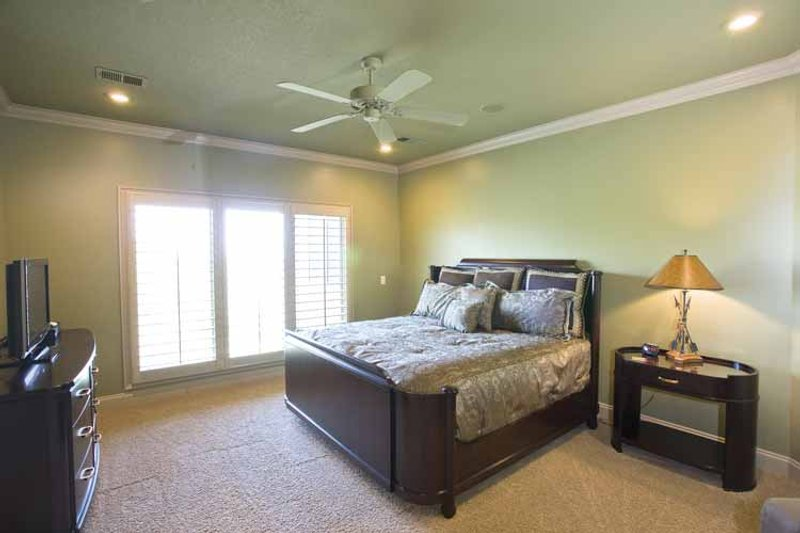 Traditional Interior - Bedroom Plan #17-3302 - Houseplans.com