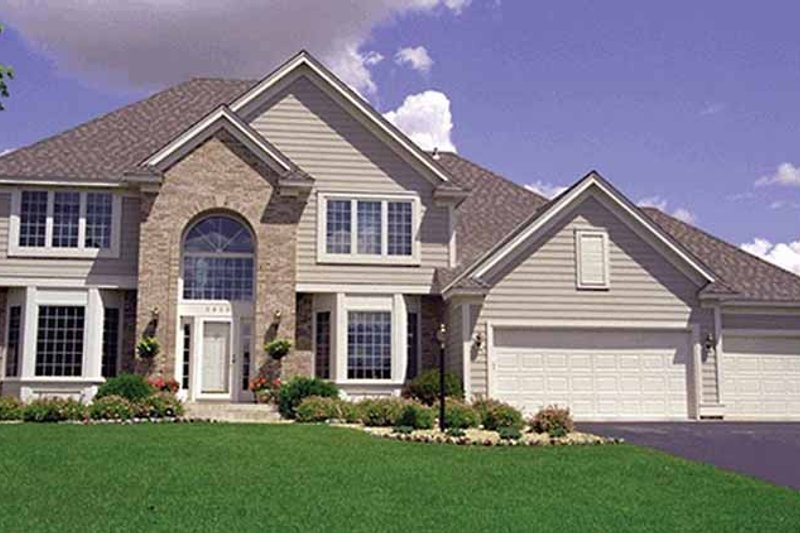 Traditional Exterior - Front Elevation Plan #51-921 - Houseplans.com