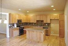 Craftsman Interior - Kitchen Plan #895-61
