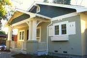 Craftsman Style House Plan - 2 Beds 2 Baths 930 Sq/Ft Plan #485-2 Exterior - Front Elevation