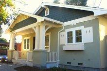 Dream House Plan - Craftsman Exterior - Front Elevation Plan #485-2