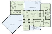 Traditional Style House Plan - 3 Beds 2.5 Baths 2279 Sq/Ft Plan #17-2520 Floor Plan - Main Floor