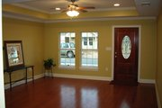Traditional Style House Plan - 3 Beds 2 Baths 1200 Sq/Ft Plan #430-38 Interior - Family Room