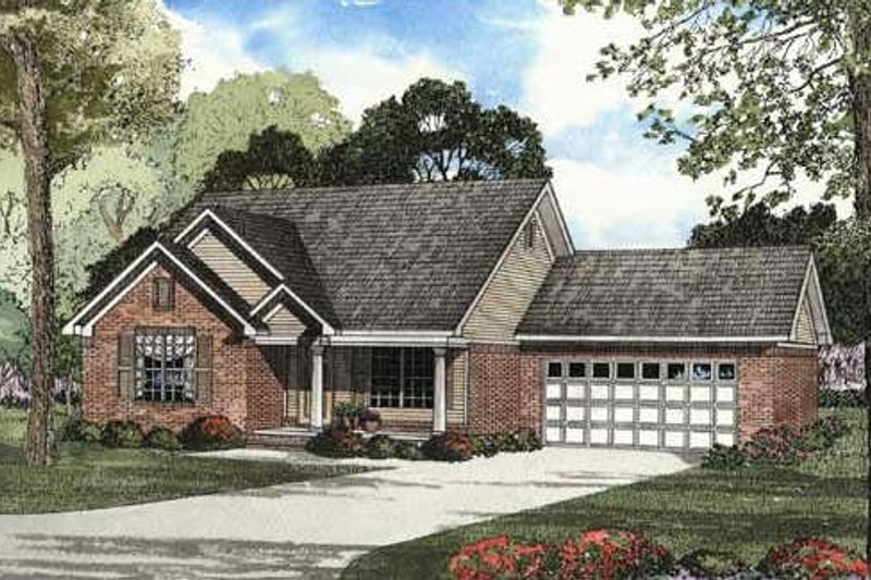 Home Plan - Traditional Exterior - Front Elevation Plan #17-1117
