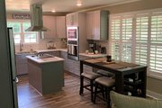 Cottage Style House Plan - 2 Beds 2 Baths 1292 Sq/Ft Plan #44-165
