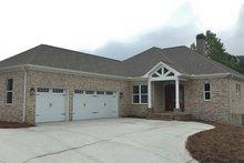 House Plan Design - Ranch Exterior - Front Elevation Plan #437-82