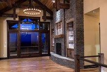 Home Plan - Ranch Interior - Entry Plan #895-29