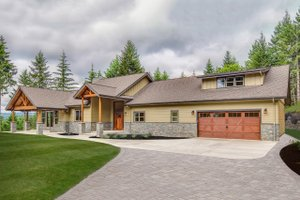 Craftsman Exterior - Front Elevation Plan #124-988