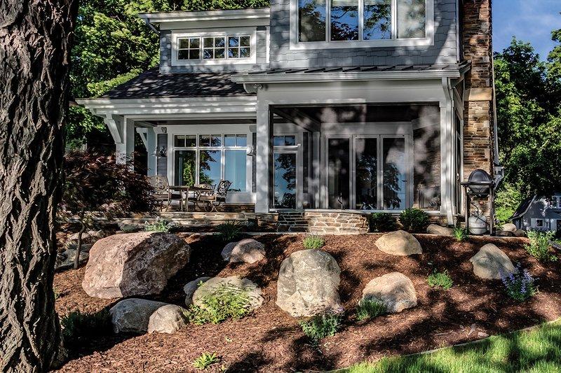 Bungalow Exterior - Rear Elevation Plan #928-9 - Houseplans.com