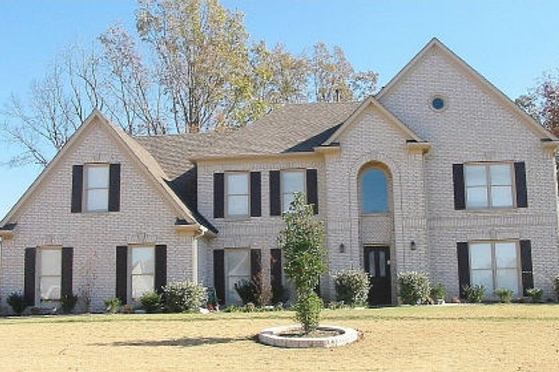European Style House Plan - 5 Beds 3.5 Baths 3492 Sq/Ft Plan #81-13693 Exterior - Front Elevation