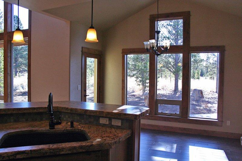 Craftsman Photo Plan #892-2 - Houseplans.com