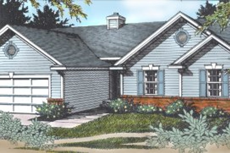 House Plan Design - Traditional Exterior - Front Elevation Plan #97-110