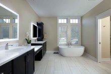 Craftsman Interior - Master Bathroom Plan #928-318