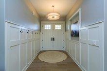 Craftsman Interior - Entry Plan #70-1470