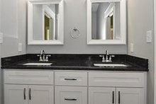 Craftsman Interior - Bathroom Plan #119-425