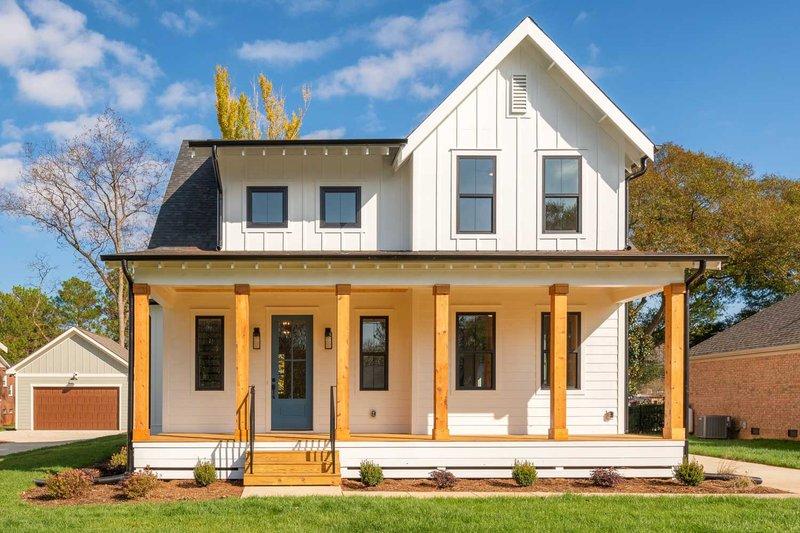 Home Plan - Farmhouse Exterior - Front Elevation Plan #461-74