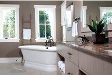 Traditional Interior - Master Bathroom Plan #928-11