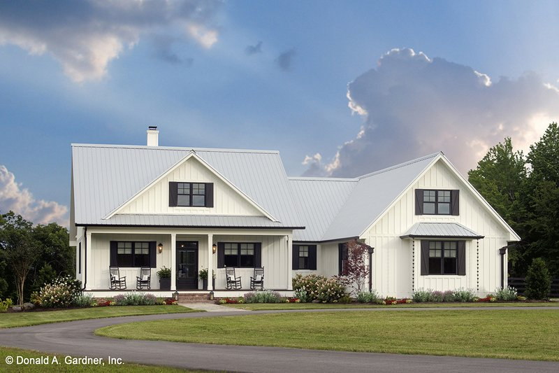 Country Exterior - Front Elevation Plan #929-8
