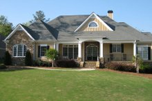 Home Plan - Traditional Exterior - Front Elevation Plan #437-45