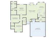 Traditional Floor Plan - Main Floor Plan Plan #17-117