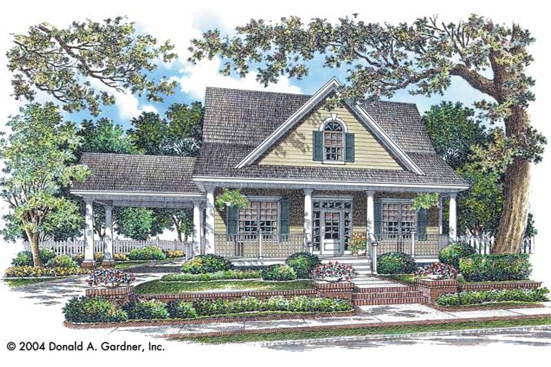 Traditional Exterior - Front Elevation Plan #929-743 - Houseplans.com