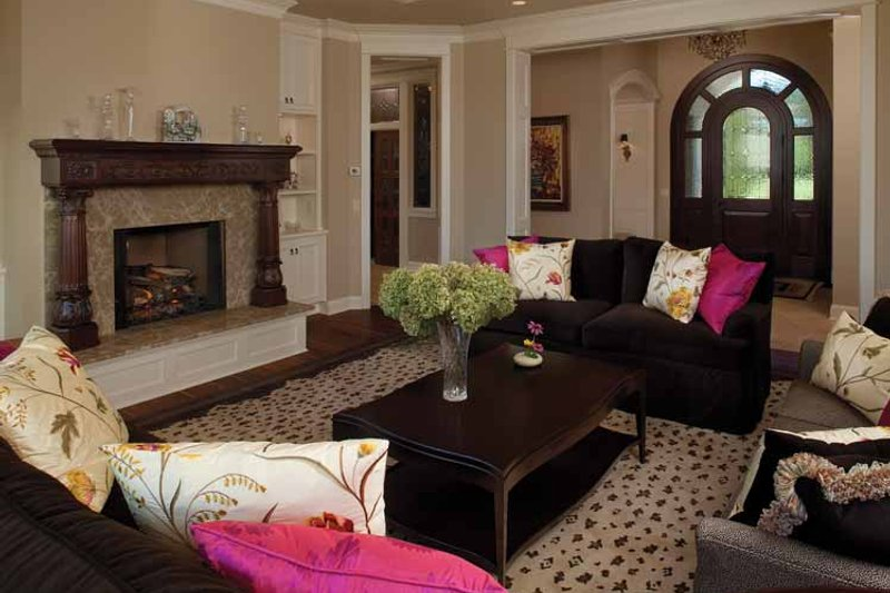 Country Interior - Family Room Plan #928-99 - Houseplans.com