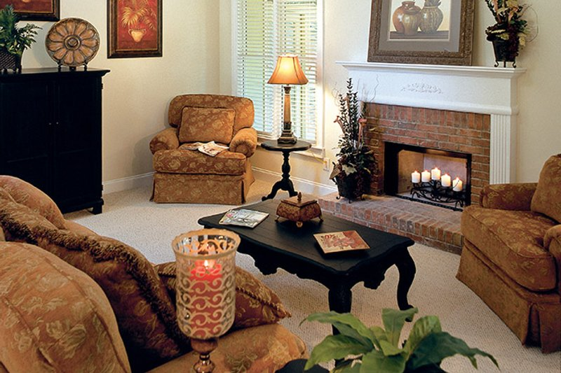 Traditional Interior - Family Room Plan #927-874 - Houseplans.com