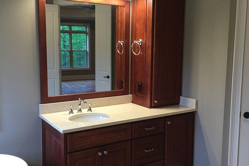 Country Interior - Master Bathroom Plan #437-72 - Houseplans.com