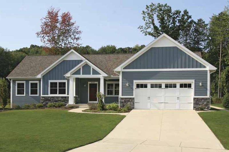 Dream House Plan - Craftsman Exterior - Front Elevation Plan #928-164