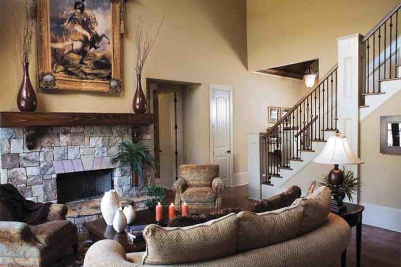 European Interior - Family Room Plan #927-18 - Houseplans.com