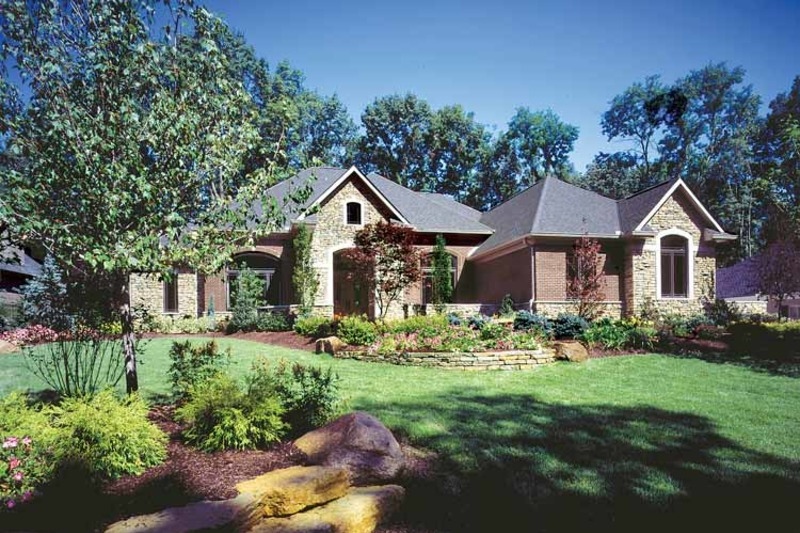Country Exterior - Front Elevation Plan #46-742 - Houseplans.com