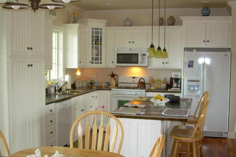 Craftsman Interior - Kitchen Plan #21-345 - Houseplans.com