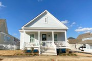 Traditional Style House Plan - 3 Beds 2 Baths 1613 Sq/Ft Plan #69-394