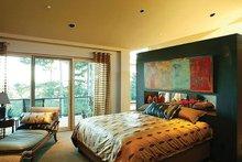 Architectural House Design - Modern Photo Plan #48-457