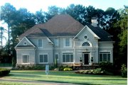 Colonial Style House Plan - 4 Beds 3 Baths 2520 Sq/Ft Plan #119-128 Exterior - Front Elevation