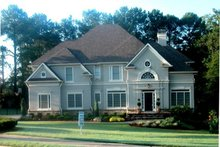 Colonial Exterior - Front Elevation Plan #119-128