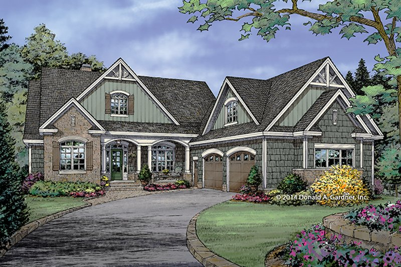 Craftsman Exterior - Front Elevation Plan #929-982
