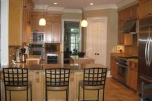 Traditional Interior - Kitchen Plan #1054-16