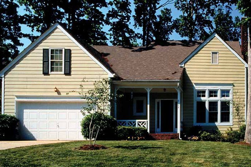 Country Exterior - Front Elevation Plan #453-93 - Houseplans.com