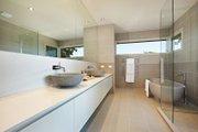 Modern Style House Plan - 4 Beds 2.5 Baths 3389 Sq/Ft Plan #496-17 Interior - Master Bathroom