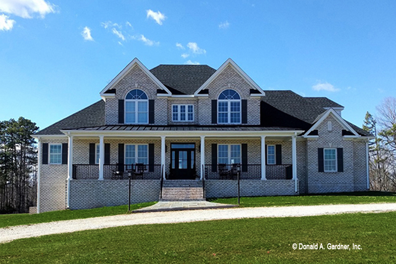 Country Exterior - Front Elevation Plan #929-527