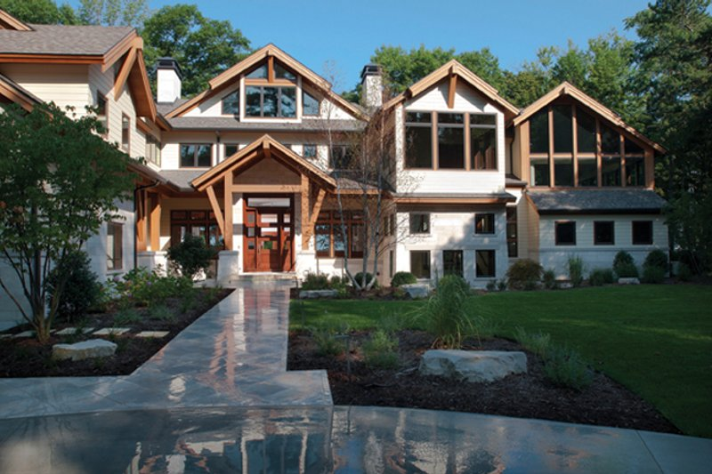 Traditional Exterior - Front Elevation Plan #928-247 - Houseplans.com