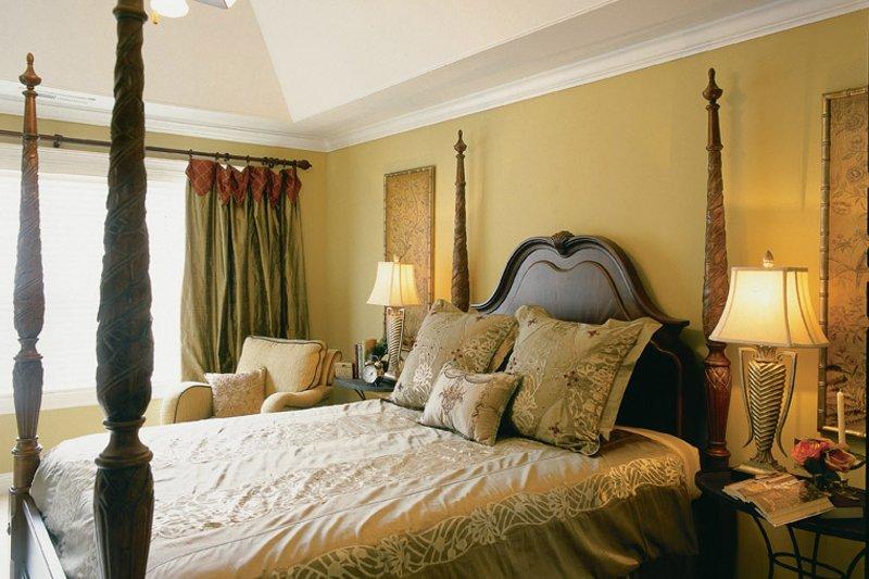 Traditional Interior - Master Bedroom Plan #927-529 - Houseplans.com