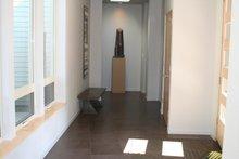 House Plan Design - Modern Interior - Entry Plan #892-8