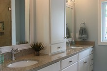 House Plan Design - Country Interior - Master Bathroom Plan #928-278