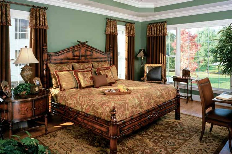 Colonial Interior - Bedroom Plan #429-259 - Houseplans.com