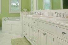 Craftsman Interior - Master Bathroom Plan #928-188